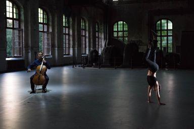 Mitten wir im Leben sind/Bach6Cellosuiten